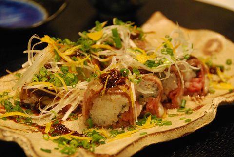 ピリトロ四川風牛姿寿司