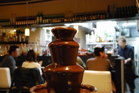 チョコレートの滝