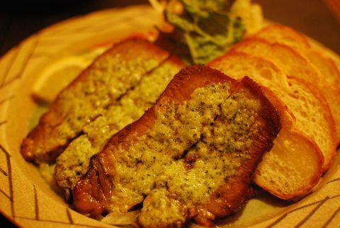牛タンのガーリックバター焼