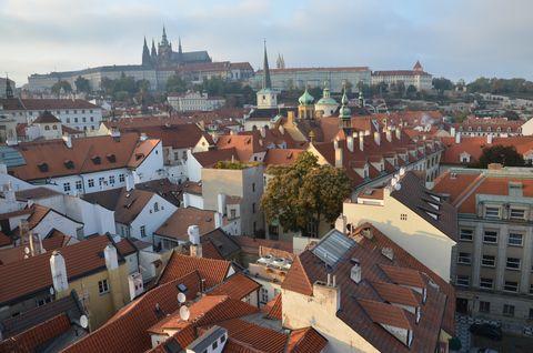 プラハ城と赤い屋根
