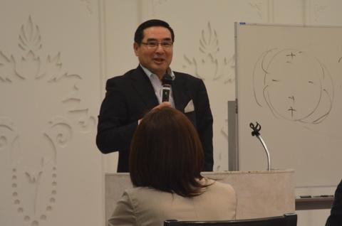 株式会社ヤナギヤの代表取締役社長、柳屋芳雄
