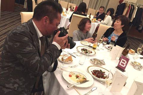 戦場カメラマン