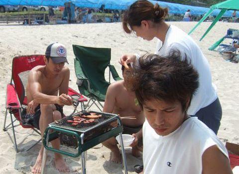 土井ヶ浜海水浴場で友人達とBBQ