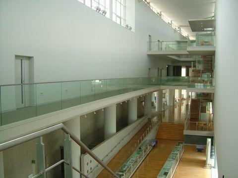 山口県産業技術センター内